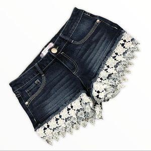 No Boundaries bootie lace denim jean shorts size 7